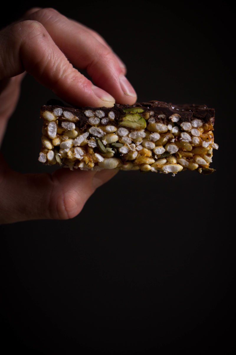 Puffed rice and malt syrup bars